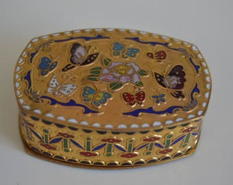 Vintage cloisonne small box. China  20th century.