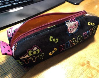 Hello Kitty zippered pencil pouch 8x2x3