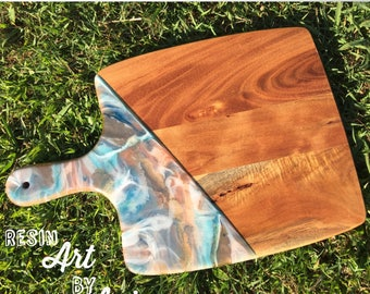 Ethereal - resin serving board/wooden cheese board