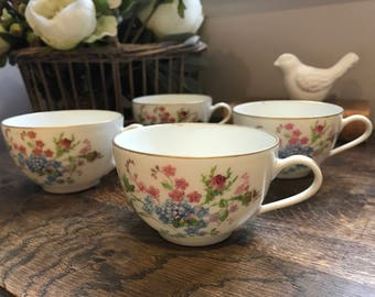 Vintage 30s (4) porcelain cups with blue and pink camaieus English country style.