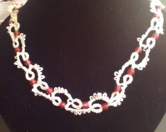 Frivolité necklace