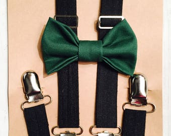 Forest green bowtie, First Christmas outfit, Christmas, Holiday, Christmas suspenders, Bowtie and suspender set, Green bow tie, baby bow tie