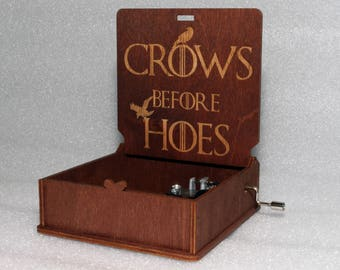 """Crows Before Hoes - Engraved Wooden Music Box - """"Game Of Thrones"""" - Night's Watch - Hand Crank Movement"""