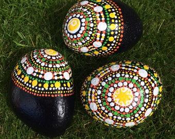 Dot mandala simplicity stones