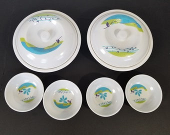 Vintage Melamine Set of 8 Pieces White Blue Green Bowls Camping Hiking Picnics