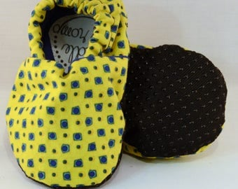 "4.5"" Soft-Soled Baby Shoes - Yellow Fiesta Blue Spots - Adjustable Ankles - Non-Slip Soles"