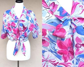 Vintage 80s Hawaiian Crop Top/ Devon Blouse / Hawaiian Shirt/ Floral Shirt/ Bow/ Pink Flowers