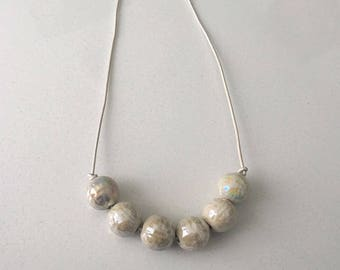 The Pearl Necklace (large pearls)