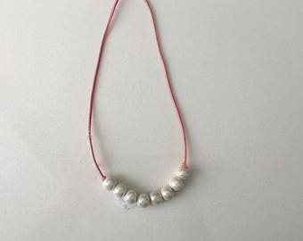 The Pearl Necklace (mini pearls)