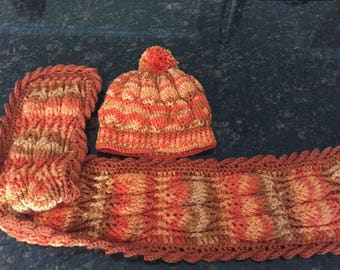 Gorgeous ombre scarf and hat set