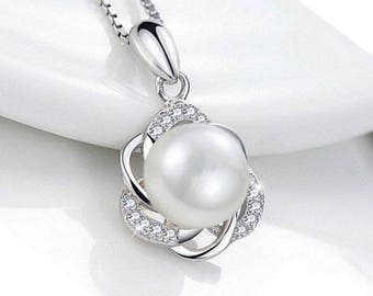 9mm Freshwater Cultured Pearl Flower 925 Sterling Silver Necklace Pendant