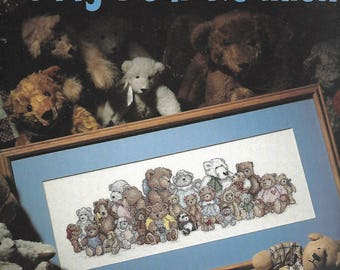 """LEISURE ARTS """"Teddy Bear Reunion"""" Leaflet 918 - Cross Stitch Pattern with Variety of Bears - VINTAGE"""