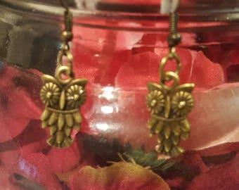 Antique Gold Owl earrings