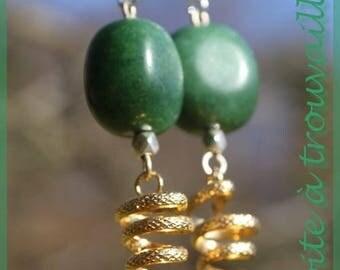 """Agatha"" and her gold earrings"