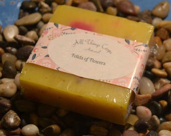 The Fields of Flowers Gift Set- Best Bath Bomb, Bath Fizzies, Best Selling Soap, Cold Process Soap, Soap for Dry Skin, Soap for Oily Skin