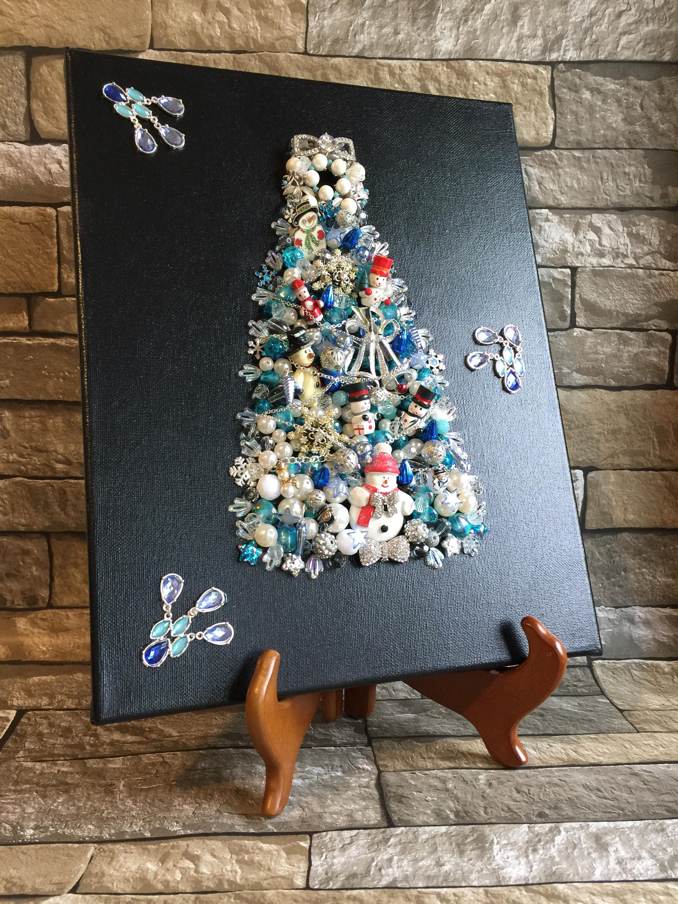 Jewelry Christmas Tree Christmas Wall Decor Jeweled Christmas Tree ...