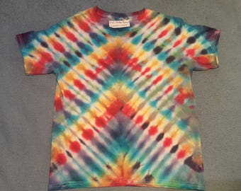 "tie dye t-shirt youth large""rainbow pyramid"""