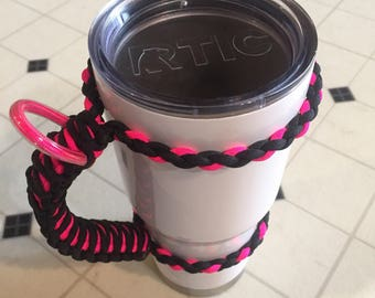 Tumbler paracord handle black and pink