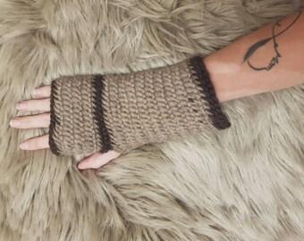 Fingerless mittens naalbinding