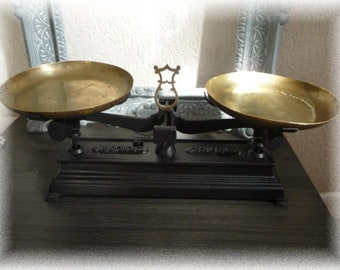 Old cast iron pan balance