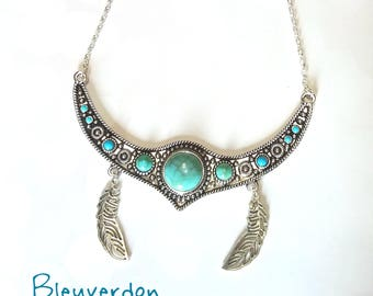 Howlite bib necklace and feathers