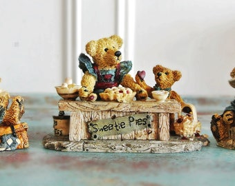 Vintage  Rare Boyds Bears & Friends Figurine Collection