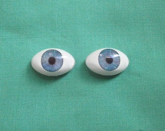 acrylic doll eyes blue, lansshape/ paperweight/Vintage/expressive