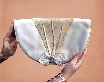 70's  Oroton Cute Bow Vintage Leather Beige Handbag Clutch