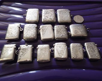 Antique silver hallmarked collection of 14 vestas dated 1901-1922.