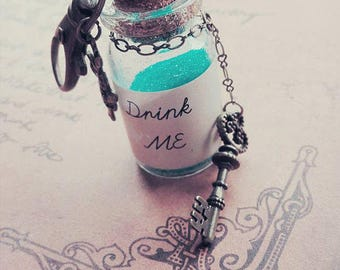 Drink Me Alice In Wonderland Glitter Bag Charm