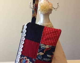 Patchwork small wristlet, mini clutch bag