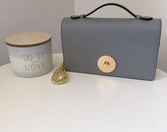 Clutch bag with chain strap-2 colours