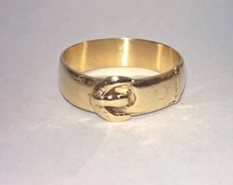 9k Gold Vintage Belt Ring