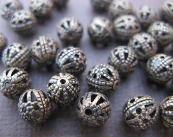 20 filigree round beads 6 mm bronze-