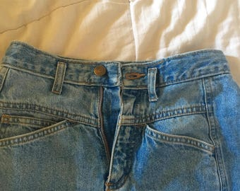Vintage light wash jeans, high waist, size 2, xs, extra-small, denim, petit, lizwear, made in USA