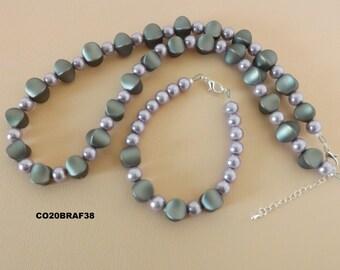 Parure de  perles nacrées et de perles elliptiques - Parure de 2 pièces - collier, bracelet