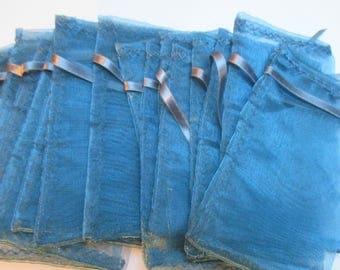 5 blue organza pouches 11.5 x 7.5 cm