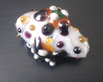 "Pearl oval ""Turtles print"" handmade Lampwork Glass"