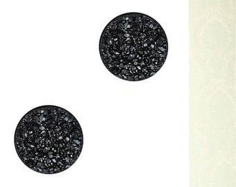 Cabochon round black drusy