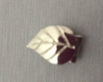 """Pearls """"Leaf"""" clasp"""