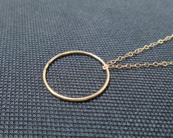Bohemian chain with ring
