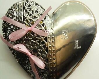 Custom silver wedding ring cushion