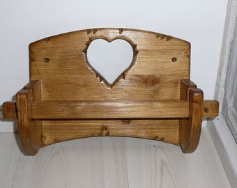 Kitchen roll dispenser holder heart wood country cottage kitchen paper towel roll
