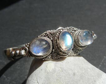 White Labradorite Bracelet (Moonstone) in solid 925 sterling silver