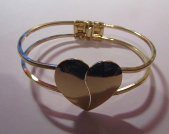 golden bracelet with heart