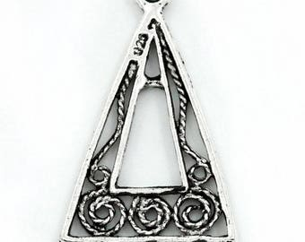 10 connectors ornate triangle silver 25mm x 15mm