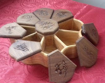 Wooden jewelry box decorated with engraved animals