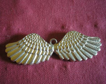 Silver Angel Wings pendant