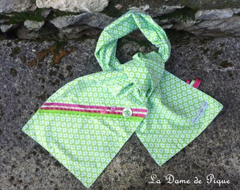 Green cotton with small white flowers decorated with fuchsia ribbons child scarf