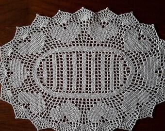 Oval doily, 38 x 27cm, white, handmade crochet